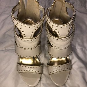 Shoes - White Pumps with Studs